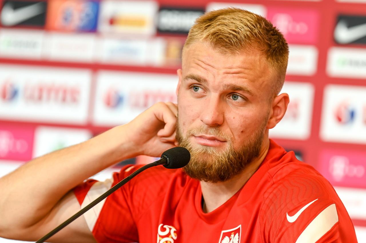 Tymoteusz Puchacz i jego rozjaśnione włosy na Euro 2020