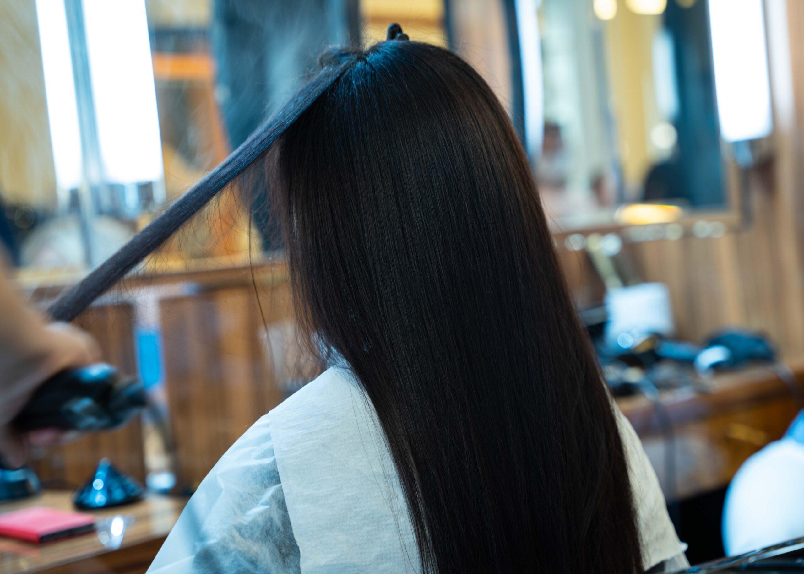 Keratynowe prostowanie włosów w Tallulah